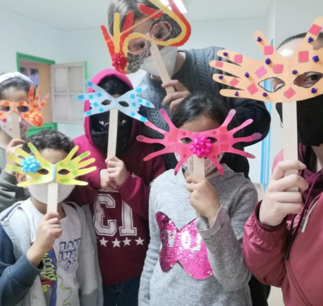 El centro de día de menores de Vícar despide el curso con una explosión de color