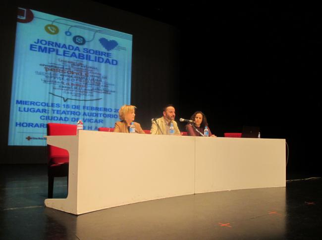 Cruz Roja Impartirá Una Jornada De 'Andalucía Compromiso Digital En Vícar