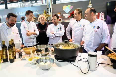 Cocineros comparten recetas tradicionales de Almería