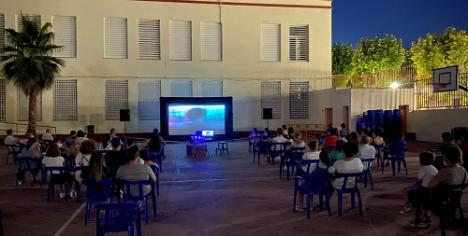El cine de verano de Berja vuelve este jueves con 'Si yo fuera rico'