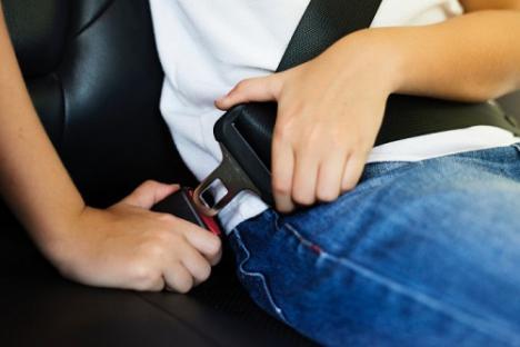 Campaña para el uso del cinturón de seguridad de la Policía Local de Berja