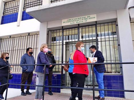 Cs atiende las demandas de los vecinos de las 500 Viviendas relativas al centro social