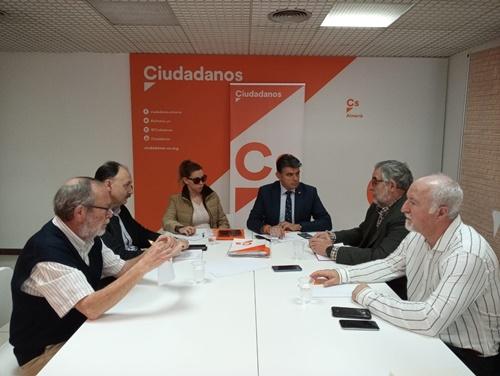 Cs reclama que Almería deje de ser la capital con más transbordos ferroviarios de España
