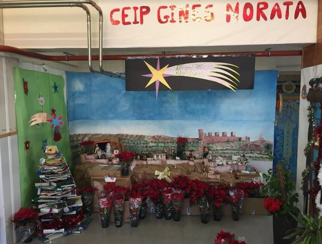 El alcalde manda pascueros al CEIP Ginés Morata por sus dibujos contra el robo de plantas