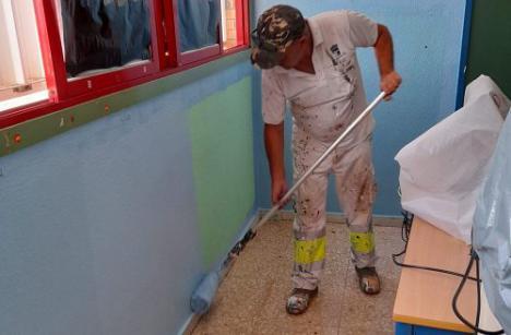El Ayuntamiento de Vícar pone a punto sus colegios