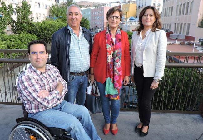 Valverde (PSOE) reclama al alcalde medidas contra la pobreza en la capital