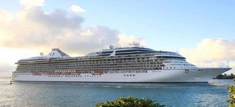 El Marina y elNorwegian Spirit hacen escala en Almería con 5.000 viajeros