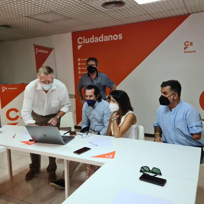 Ciudadanos Almería muestra su respaldo al festival 'Pantalla Verde'
