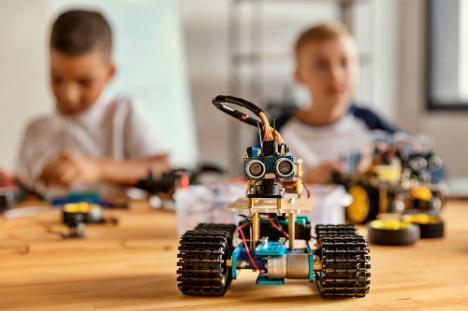 El Ayuntamiento de Berja oferta un curso de robótica para todas las edades