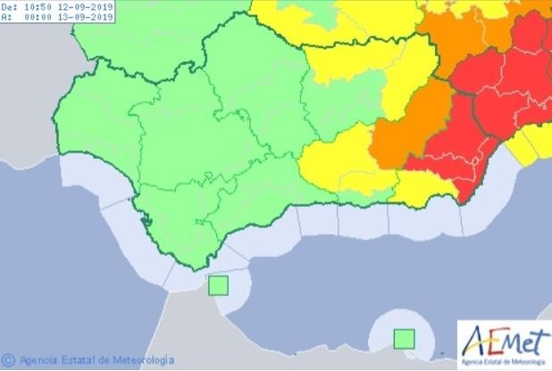 El temporal de lluvia causa más de 60 incidencias, corta cuatro carreteras y una vía del tren en Almería