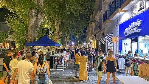 Berja celebra su gran fiesta del comercio