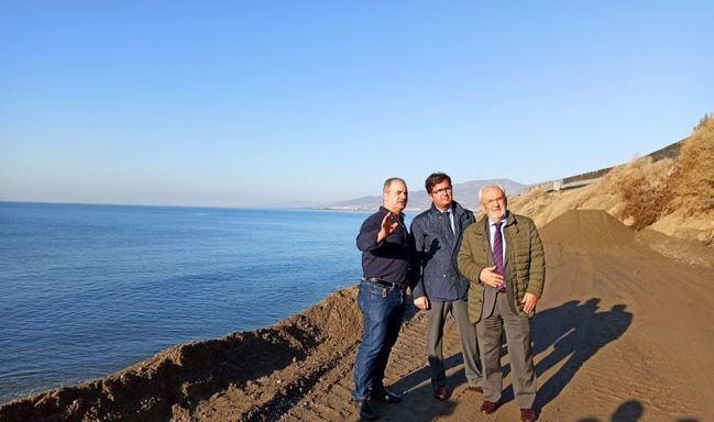 Subdelegación cita a los alcaldes de Adra y El Ejido para informar sobre la regeneración del litoral