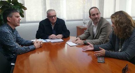Reunión del delegado de Empleo con el alcalde de Carboneras