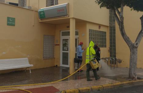 Ayuntamiento De Vícar Y Bomberos Del Poniente se unen contra #COVID19