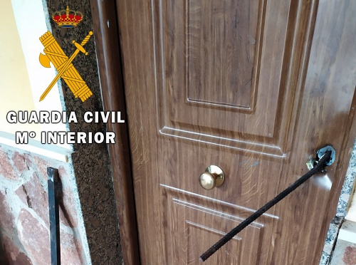 Guardia Civil detiene a una persona cuando asaltaba una vivienda