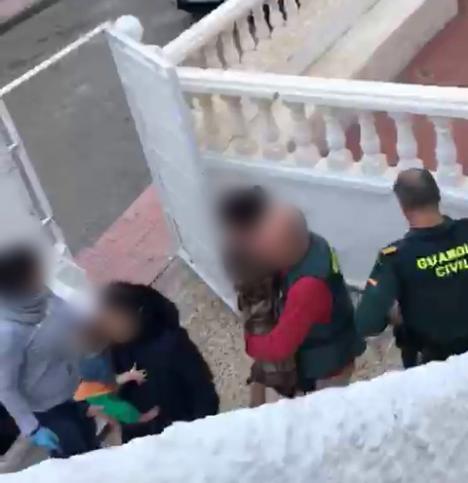 Dos detenidos por tráfico de droga y robos en Vera