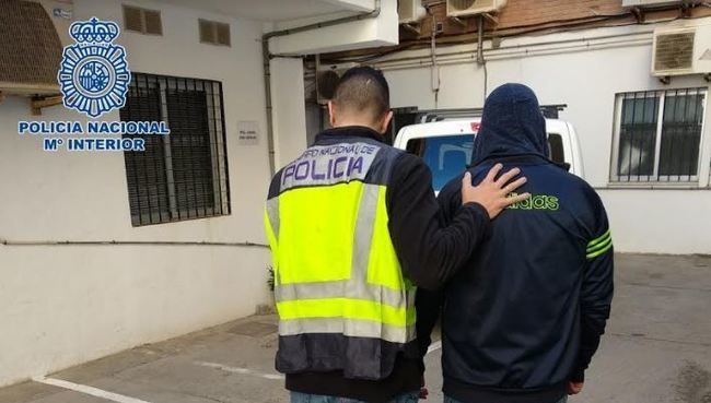 Detenido en Níjar un prófugo de Rumanía que robó 700 euros