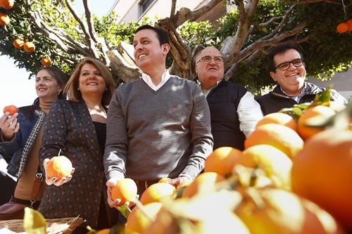 Gádor se llena en su popular fiesta del 'Día de la Naranja'