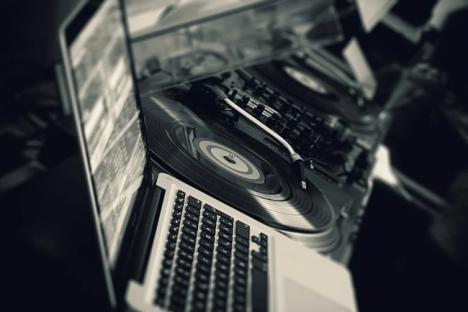 ¿Cómo ser un productor musical de éxito?