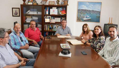 Adra recupera un archivo histórico sobre Puente del Río