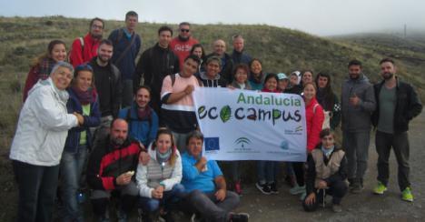 Más de 40 voluntarios en la primera reforestación del siglo XXI en la Sierra de Gádor