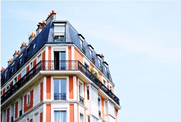 ¿Cómo se gestionan las fincas urbanas?