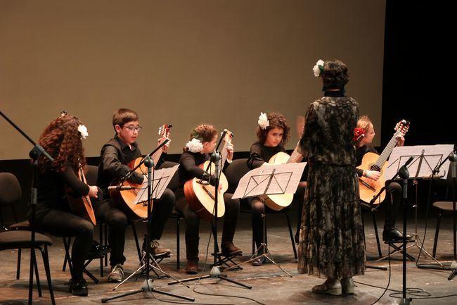 Guitarra, Saxofón y del Coro en El Ejido con motivo del 28-F