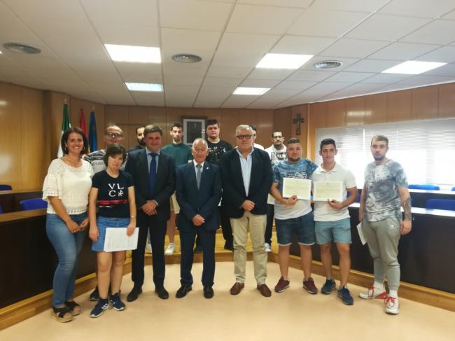 Escuela taller de jardinería para jóvenes desempleados de Roquetas