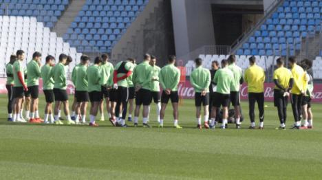 El Almería prepara a puerta cerrada el partido del domingo contra el Córdoba