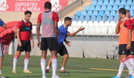 Tarde de entrenamiento en la UD Almería