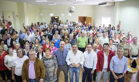 Más de un centenar de mayores se reúnen en María en una 'Jornada de Convivencia'