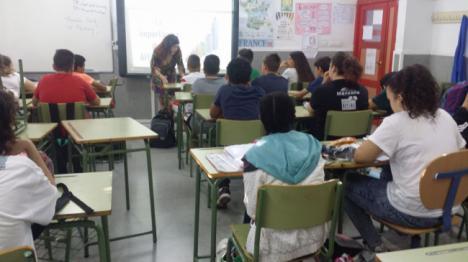El Centro De La Mujer Imparte Un Taller De Educación Afectiva Y Sexual a escolares de Puebla De Vícar
