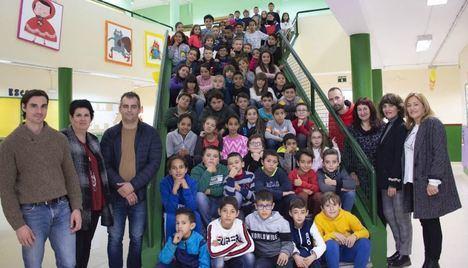 Alumnos del CEIP Concordia de Campohermoso entrevistan a la alcaldesa de Níjar