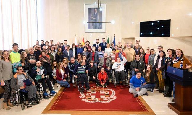 Medalla de oro a los 40 años de compromiso social de Verdiblanca