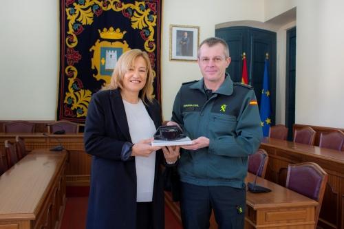 El Ayuntamiento de Níjar recibe el reconocimiento de la Guardia Civil