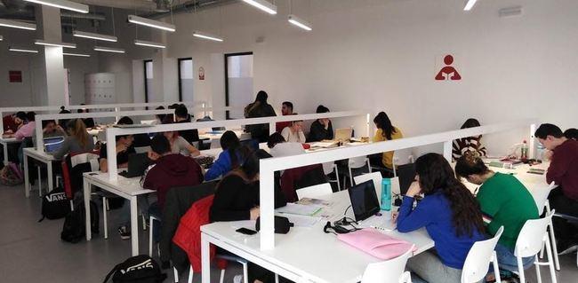 Las salas 24/7 de la Biblioteca Central 'abrirán del 20 de diciembre al 5 de febrero