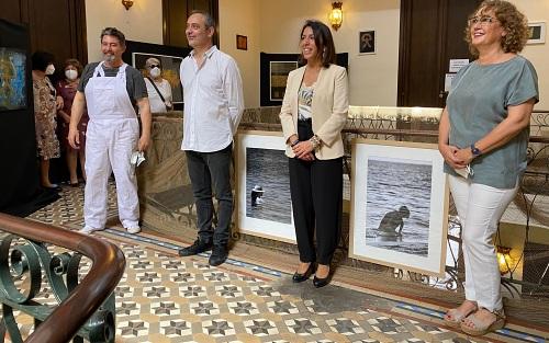 Tres artistas exponen sus 'Comienzos' en Berja