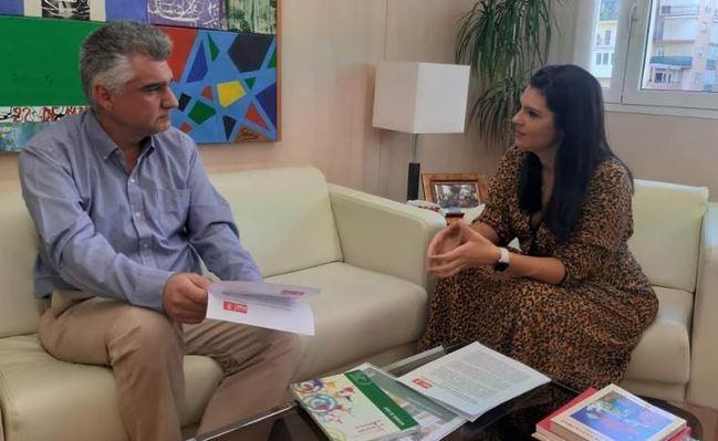 El PSOE lleva a ayuntamientos y Diputación su lucha por los colegios rurales