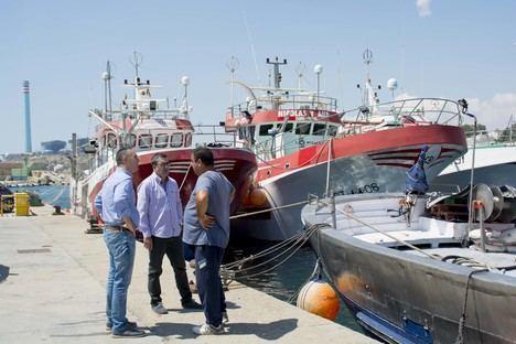 Carboneras llevará a pleno moción de apoyo al sector pesquero