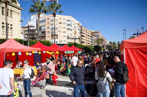 Los niños protagonizan su propia fiesta de Carnaval