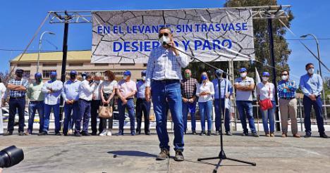 La Mesa del Agua de Almería participa en la defensa del trasvase Tajo-Segura en Huércal-Overa