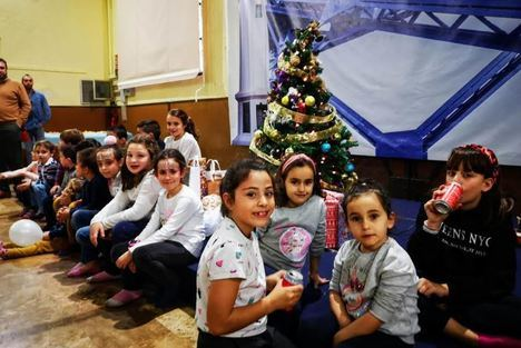 Trabajadores del Puerto celebran una fiesta infantil solidaria