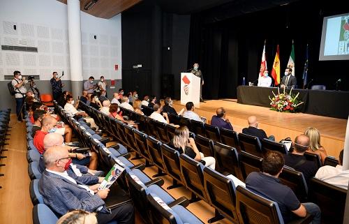 El alcalde se compromete contra la intolerancia en el IV Foro por la Paz