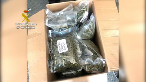 17 detenidos y 11 registros para desmantelar una banda que exportaba droga desde Almería