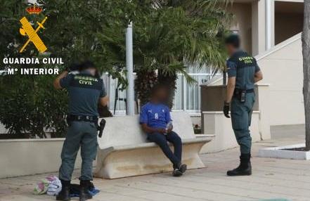 Arrestado tras agredir a un joven para quitarle 50 euros