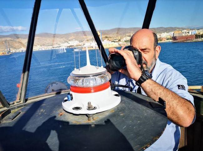 Una asociación del Irún visita los faros de Almería