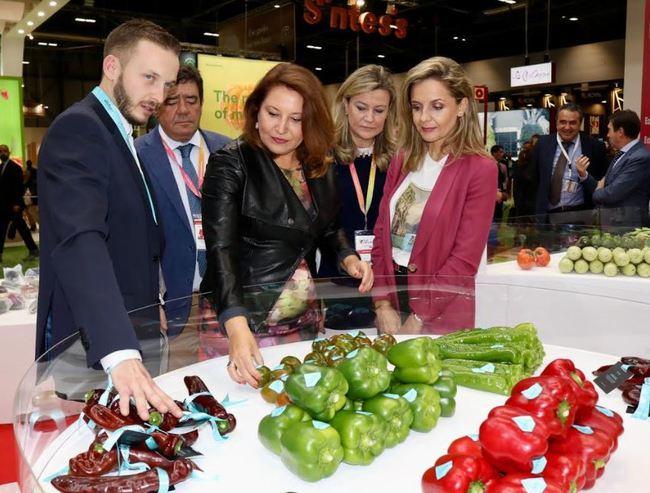 Crespo reafirma el apoyo de la Junta a iniciativas que difunden la calidad de los alimentos andaluces