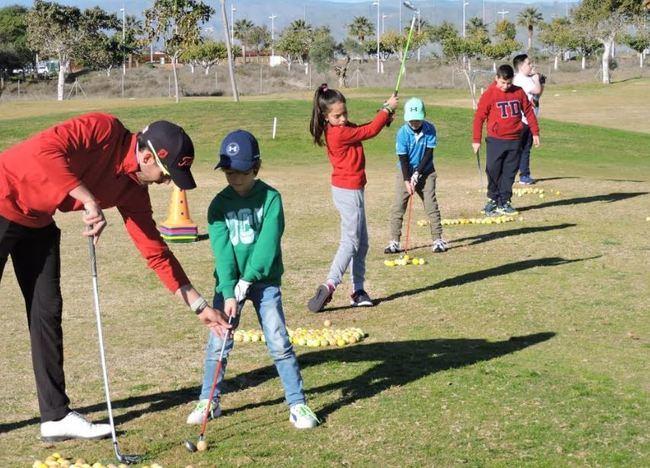 La Escuela Municipal Infantil de Golf supera los 80 alumnos