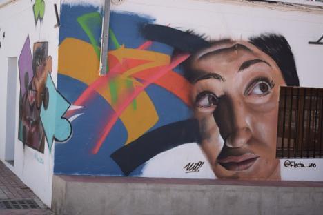 El COVID19 se convierte en arte en las paredes de Vícar