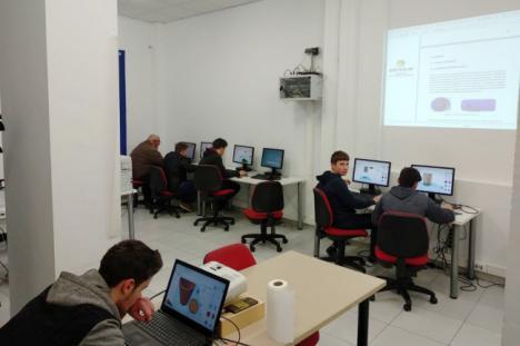 Jóvenes de Sorbas y Uleila diseñan un satélite para la Agencia Espacial Europea